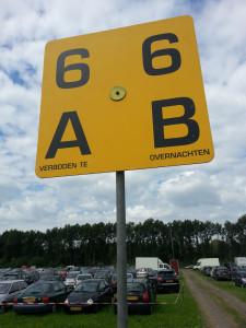 Lowlands13_Crew parking