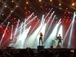 Lowlands16_Chvrches